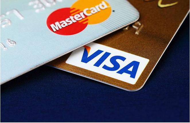 So sánh thẻ master card và thẻ visa